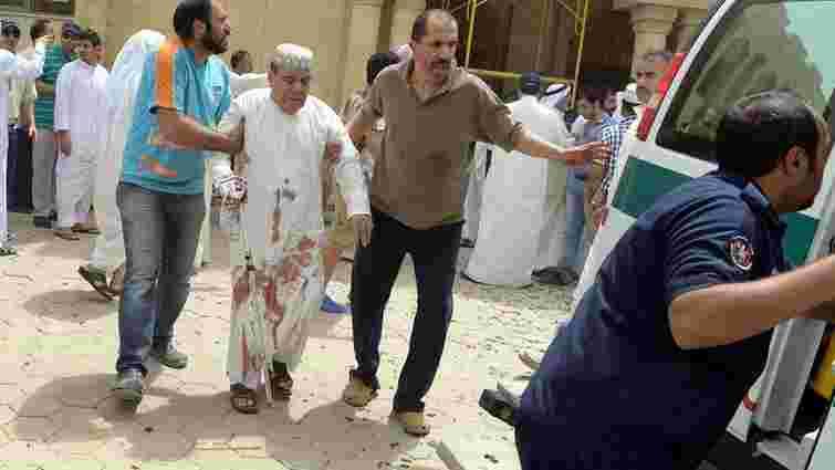 25 осіб загинуло внаслідок теракту в мечеті у Кувейті