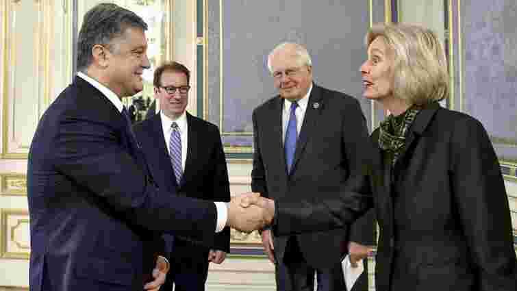 Порошенко провів зустріч з делегацією Конгресу США