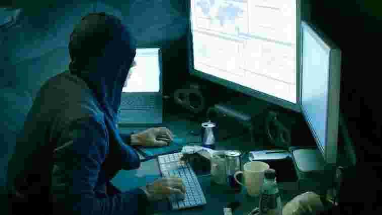 Хакери заволоділи персональними даниними понад 21 млн американців
