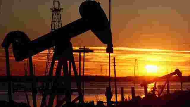 У разі зняття санкцій з Ірану, нафта може подешевшати до $35 за барель