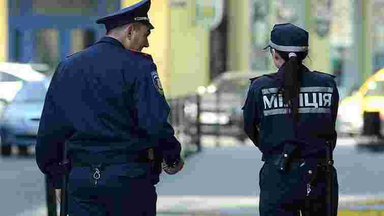 У Львові вперше міліціонер публічно вибачиться за нецензурну лайку