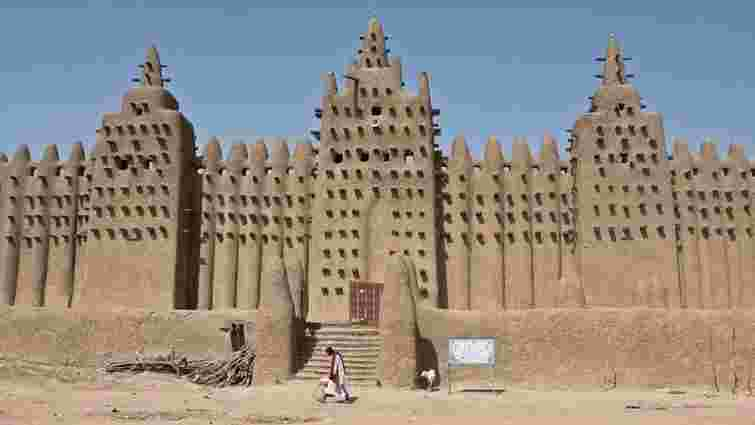 У Тімбукту відновили стародавні мавзолеї, зруйновані ісламістами