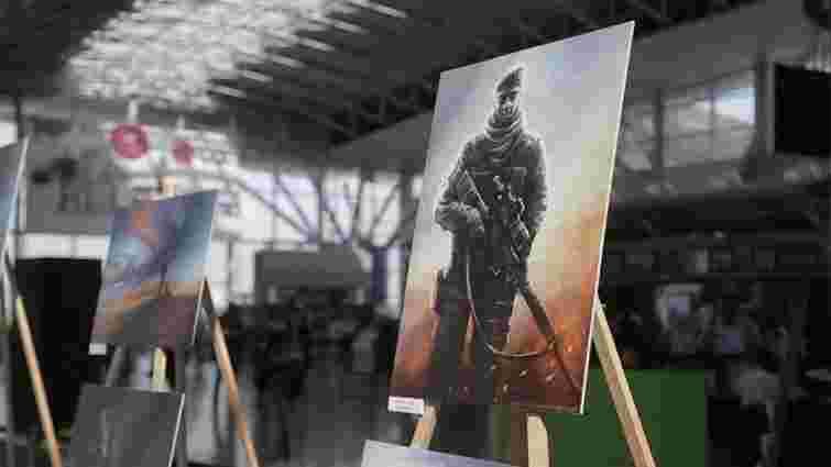 Литовська художниця  відкрила виставку портретів українських прикордонників