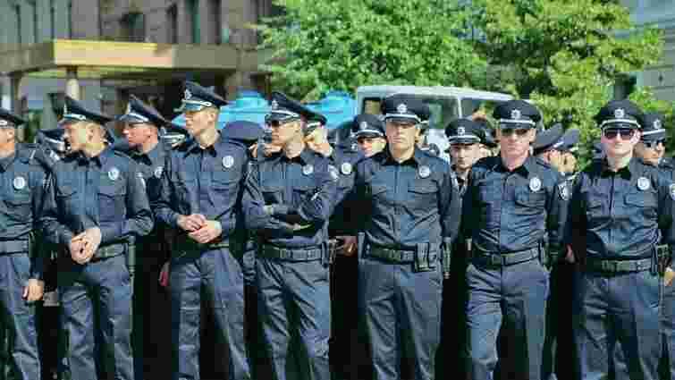 У Києві звільнили чотирьох патрульних поліцейських
