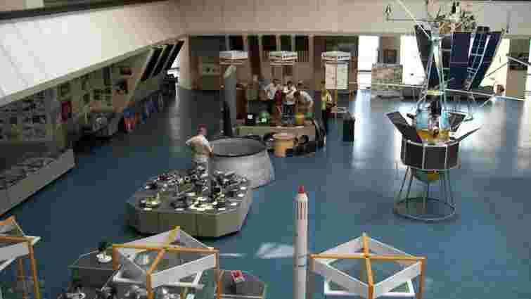 Українські конструктори чекають на багатомільйонні космічні замовлення США