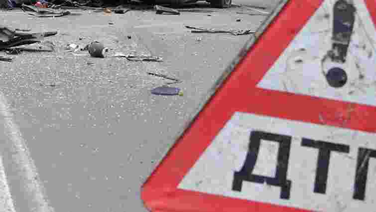 На Київщині п'яний водій протаранив службовий автомобіль міліції