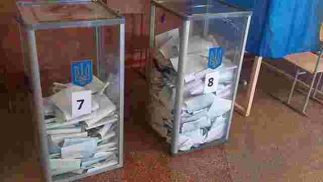 Спостерігачі КВУ зафіксували спробу організації виборчої «каруселі» у Чернігові