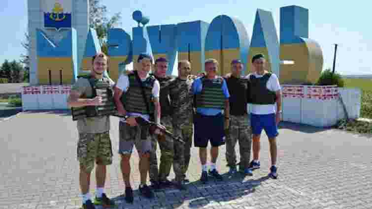 Маркевич із футболістами відвідав львівських прикордонників у зоні АТО