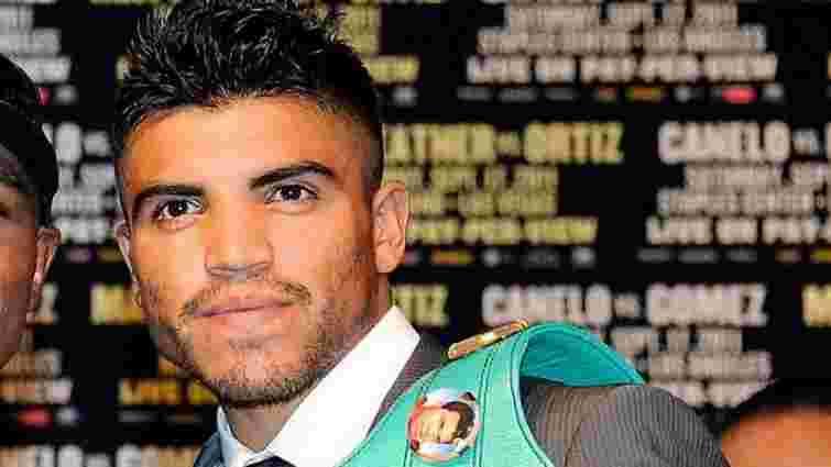 Екс-чемпіона світу з боксу затримали у США за збройний напад