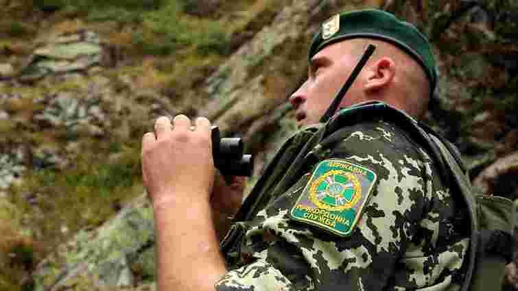 На Донеччині прикордонники врятували трьох поранених військовослужбовців Нацгвардії
