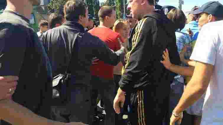 У Харкові відбулася сутичка між активістами і чоловіком у футболці «СССР»