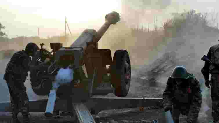 Терористи за добу здійснили понад 90 обстрілів позицій сил АТО