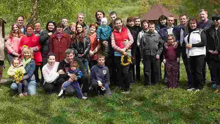 Переселенці з Донбасу облаштують на Львівщині власне поселення