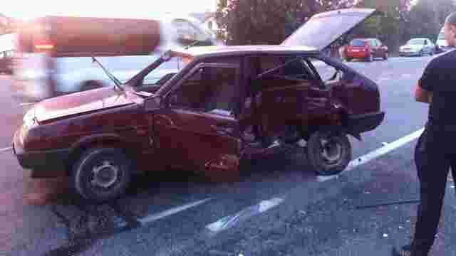 У ДТП на кільцевій дорозі Львова постраждало двоє чоловіків