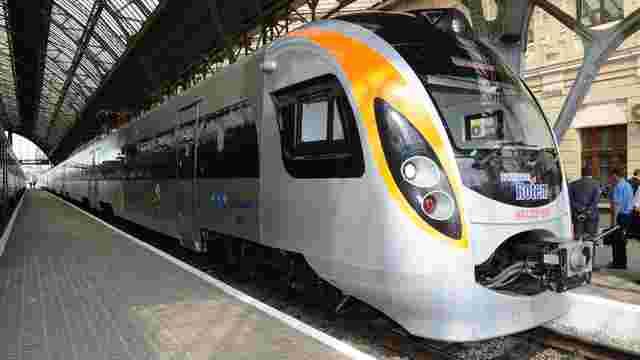 «Укрзалізниця» обиратиме начальників поїздів на конкурсній основі