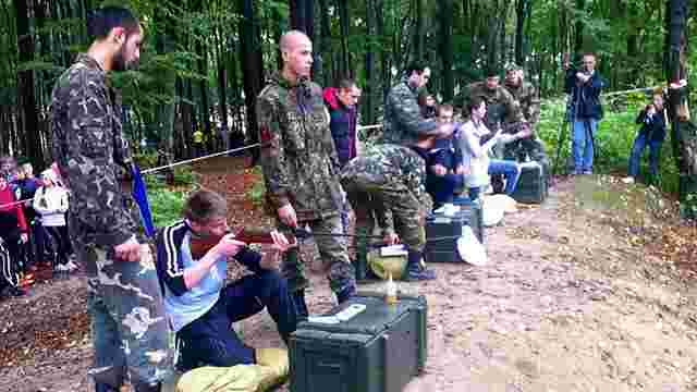 Львівські школярі здали нормативи «Готуюсь до служби в армії»