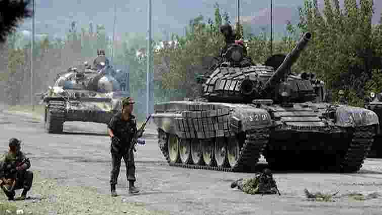 Бойовики з танків обстріляли позиції сил АТО в районі Красногорівки