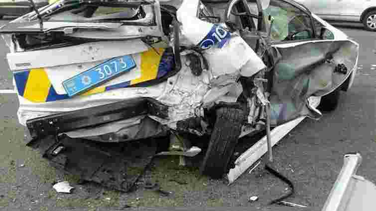 У ДТП в Києві постраждали 6 людей, зокрема 2 поліцейських