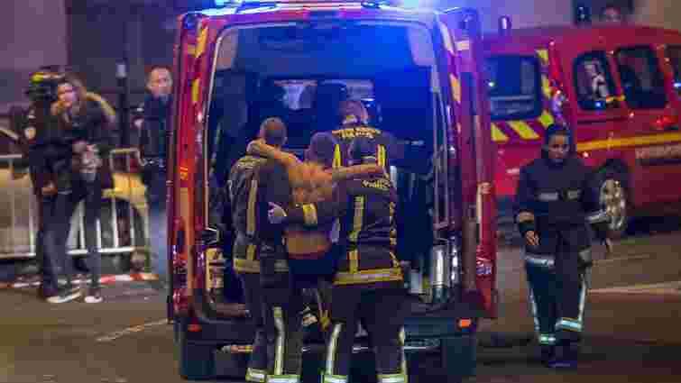 Щонайменше 60 людей загинуло унаслідок терактів у Парижі