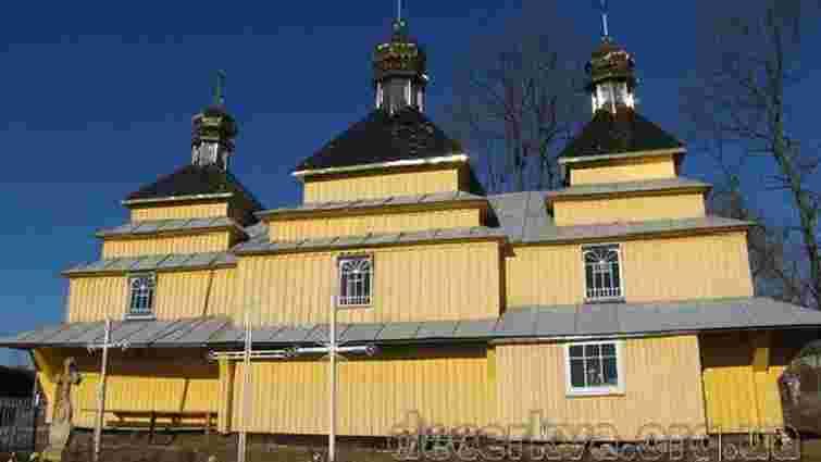 На Львівщині горіла дерев'яна церква