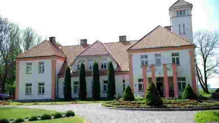 Речниця Медведєва купила у Латвії маєток за €1,3 млн
