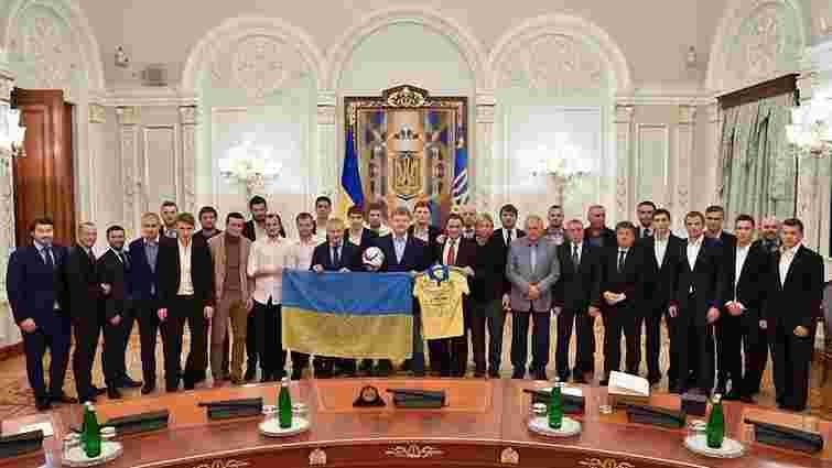 Порошенко подякував гравцям збірної України з футболу за спортивний героїзм та волю до перемоги