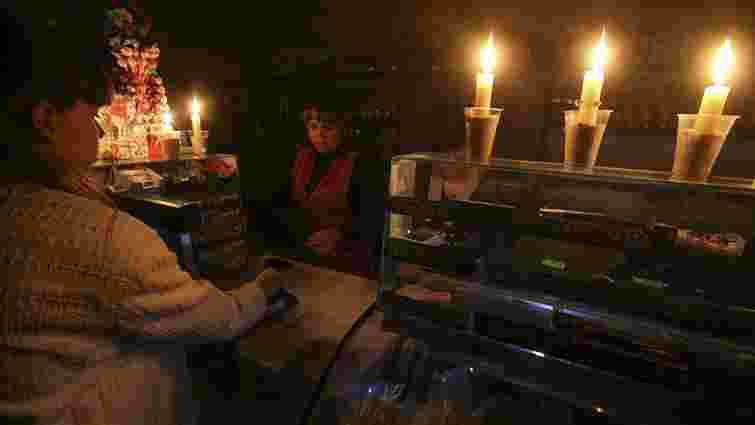 В анексованому Криму без електрики залишаються понад 1,1 мільйона осіб