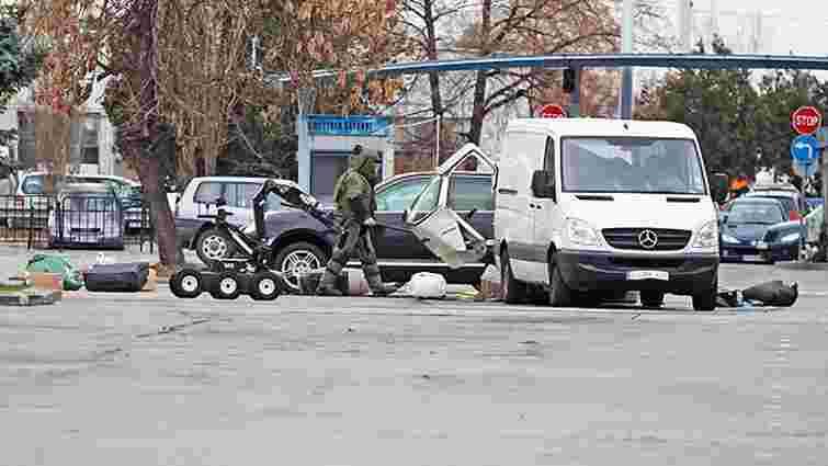 В аеропорту Софії виявили мікроавтобус з вибухівкою