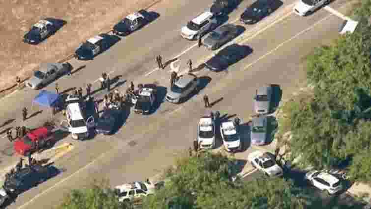 У Каліфорнії невідомий застрелив 20 людей