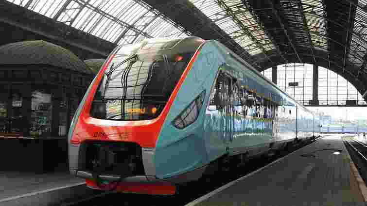 13 грудня залізниця запускає регіональний експрес  Львів – Івано-Франківськ