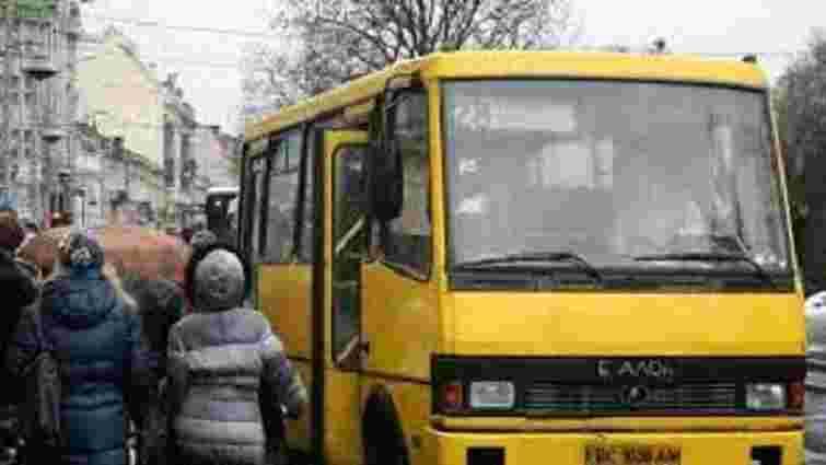 Львівську маршрутку №28 планують пустити до села Суховоля