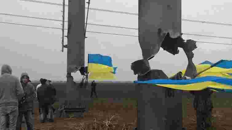 «Правий сектор»  не дозволив відновити електропостачання Криму
