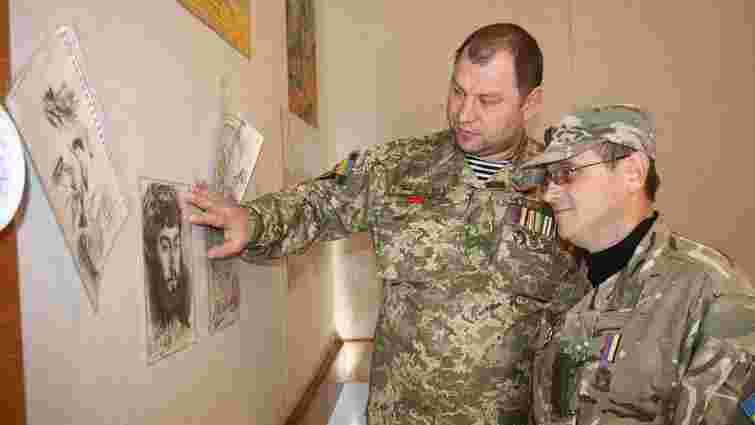 У Києві відкрилась виставка творчості воїнів та волонтерів АТО