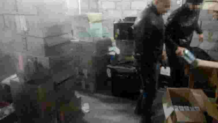 У Маріуполі виявили склад контрабандних цигарок для постачання в «ДНР»