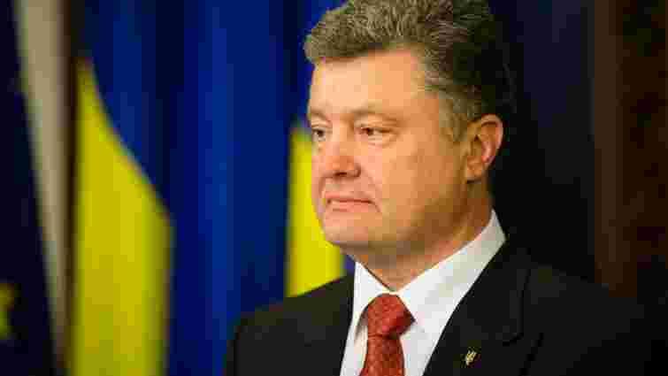 Президент привітав військових з Днем Сухопутних військ України