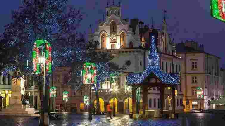 Львів'ян запрошують зустріти казковий Новий рік у Польщі