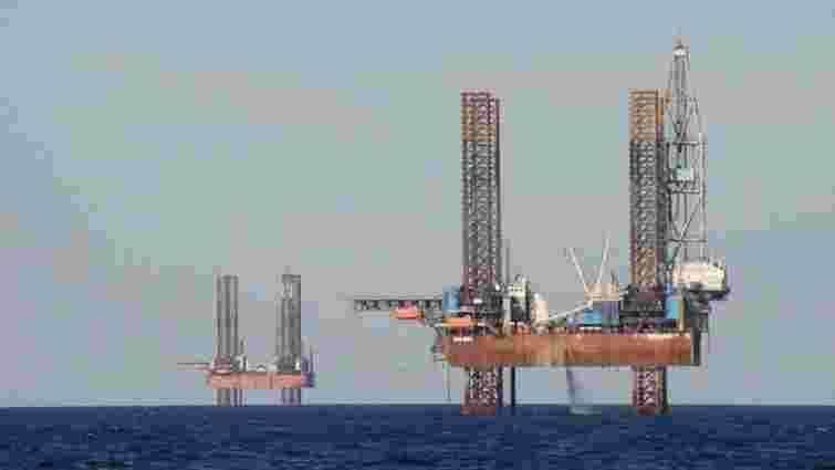 Росія встановлює бурову платформу в морській економічній зоні України, - прикордонники