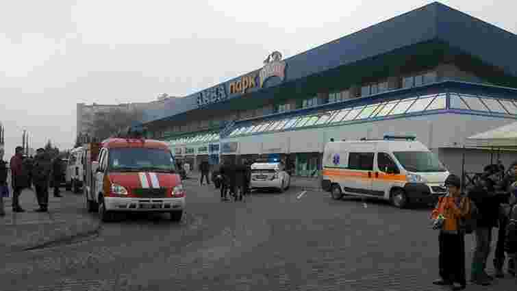 У Львові невідомий анонсував замінування аквапарку