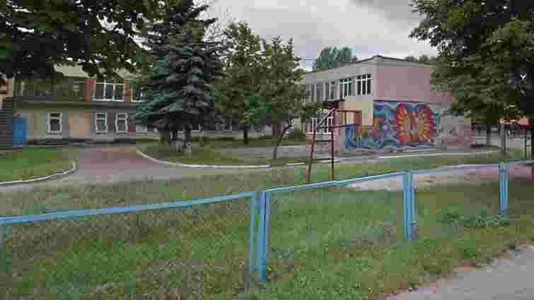 У львівській школі  закрили їдальню через підозру на отруєння дитини