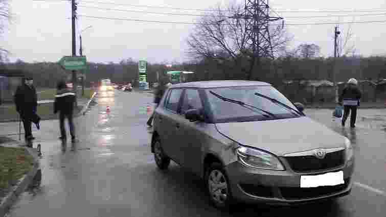 У Львові на Левандівці водій легковика збив 17-річну дівчину