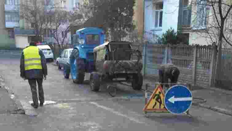 У Львові демонтували незаконний обмежувач руху
