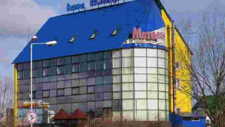 Через підпал на кільцевій дорозі Львова горів готель «Галіція»