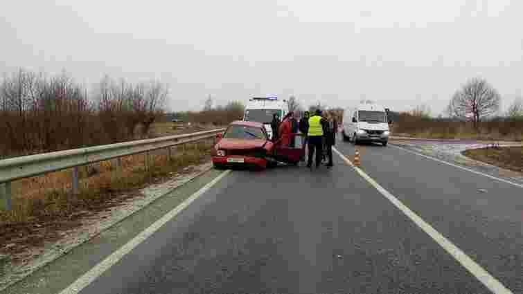 На Львівщині в аварії постраждало п'ятеро людей