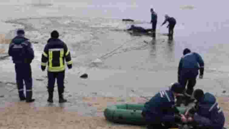 У Сєверодонецьку під кригу на озері провалилися п'ять підлітків, двоє з них загинули
