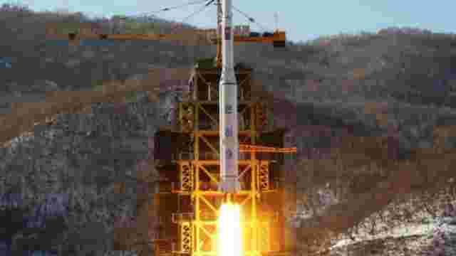 Розвідка Південної Кореї стверджує, що Росія надала КНДР компоненти балістичної ракети