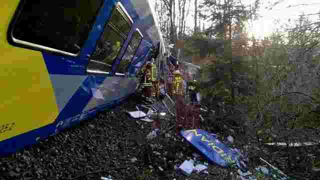 У Німеччині зіткнулися два пасажирські потяги, більше 150 людей поранені