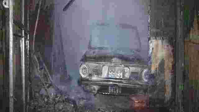 У Львові мало не згоріли три гаражі