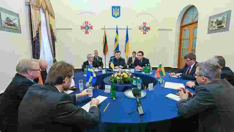 Міністри оборони Швеції і Литви засудили агресію Росії на Донбасі