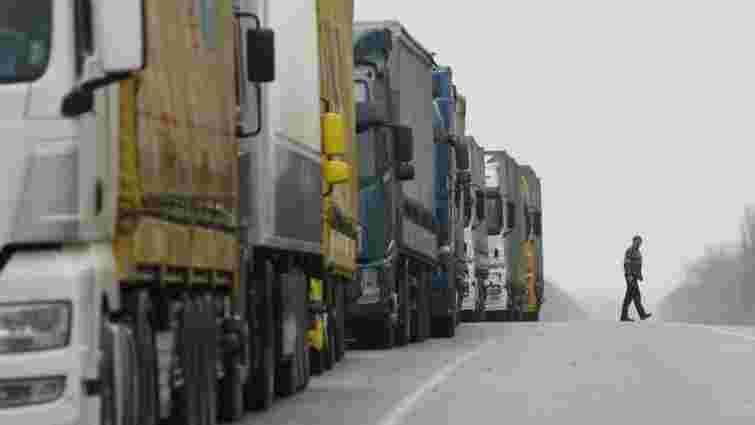 Польща і Росія домовилися про перехідний період для проїзду вантажівок до 15 квітня