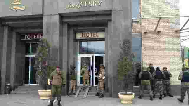 Силовики поставили ультиматум активістам РПС, які захопили готель «Козацький», – ЗМІ